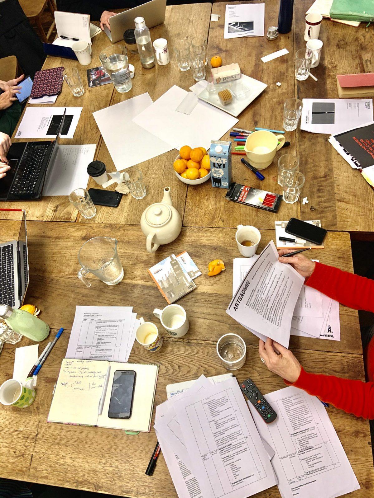 Round table artist workshop